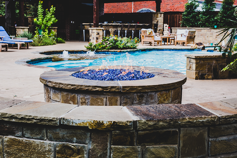 Custom Outdoor Fireplaces and Fire Pits in Aledo, TX