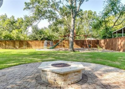 Stone Firepit with Fireglass - Ridglea Fort Worth